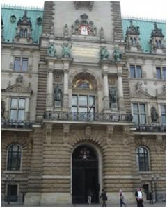 Eingang des Hamburger Rathauses